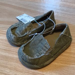 NWT The Children's Place slip on shoes